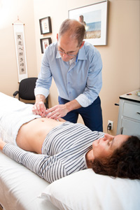 Acupuncture - Treatment & Services - Centre for Natural Medicine - Natural Medicine - Winnipeg, Manitoba